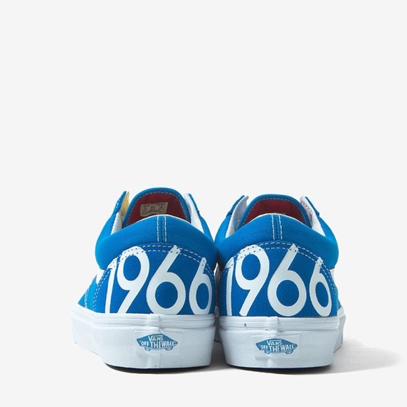 e910e841485 VANS Old Skool 1966 Blue and White Sneakers. M 5aaabf328af1c5acc898f813